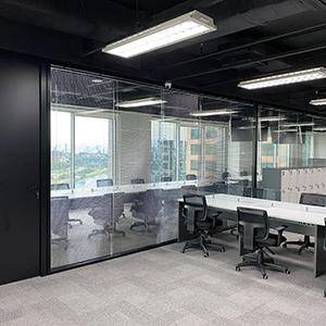 Divisória de vidro para ambientes