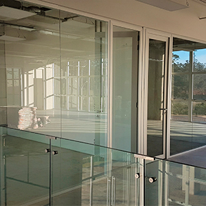 Divisória junta seca vidro duplo